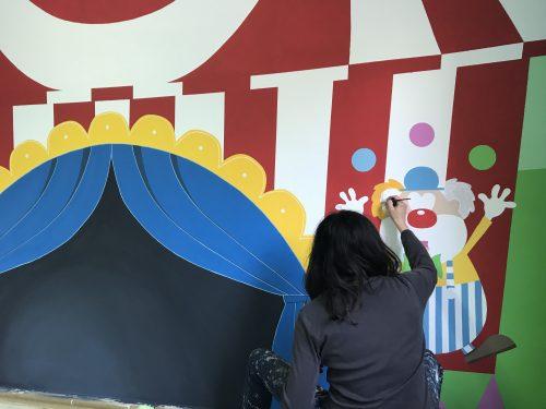 A Custonaci un gruppo di genitori realizza gratuitamente una ludoteca per i bambini della scuola materna.