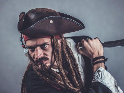 """Trapani, La leggenda del pirata Serisso """"Ù rumpi teste""""."""
