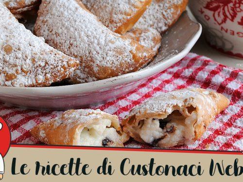 Le Cassatelle di ricotta fritte: la ricetta trapanese facile e gustosa.