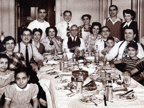 In Sicilia il pranzo della domenica profuma ancora di tradizione di casa e di famiglia