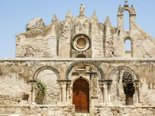 Le Catacombe di San Giovanni a Siracusa: tutto il fascino e il segreto della vita e della morte
