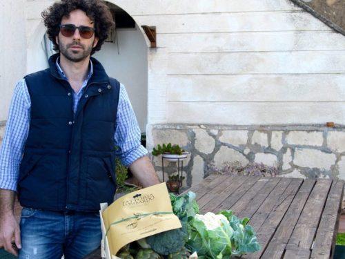 Salvatore, il giovane siciliano rientrato dal nord per puntare tutto sull'agricoltura biologica
