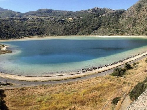 Lo Specchio di Venere: lo straordinario, benefico e leggendario lago dell'isola di Pantelleria