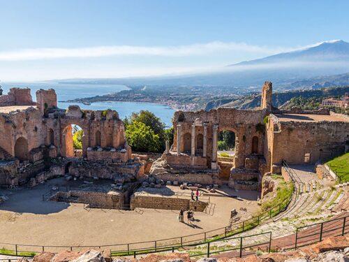 Dopo mesi di chiusura, riapre lunedì il Teatro Antico di Taormina