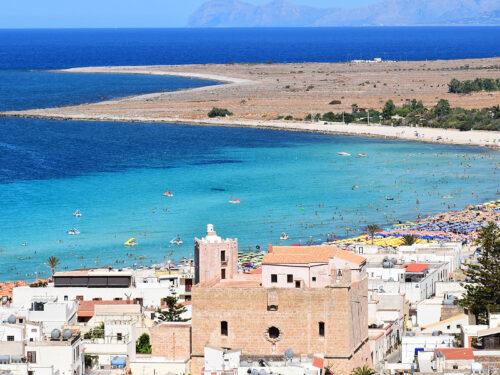 Natura e spiagge da sogno. San Vito Lo Capo è una delle mete più ambite dai turisti di tutto il mondo