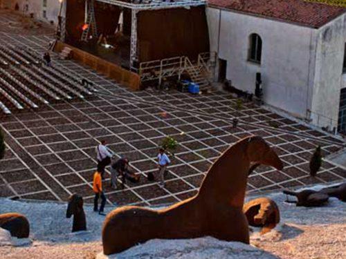 Gibellina: Dal 17 luglio all'8 agosto la 39^ edizione delle Orestiadi in omaggio a Federico Fellini