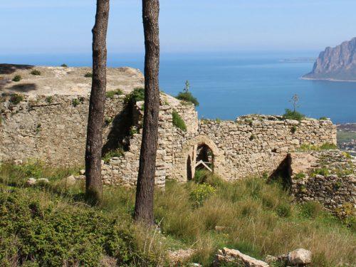La chiesa di S. Ippolito a Erice: un luogo straordinario e unico, testimone di secoli di storia