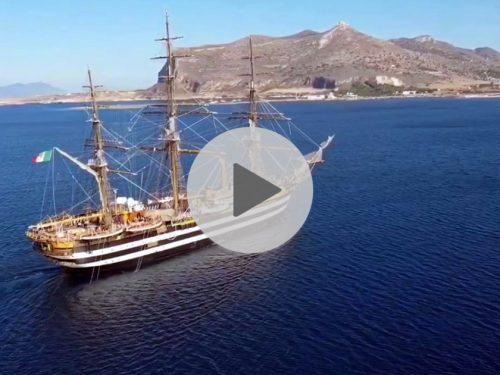 Spettacolare! Il video dell'Amerigo Vespucci che naviga fra le acque di Favignana incanta il web
