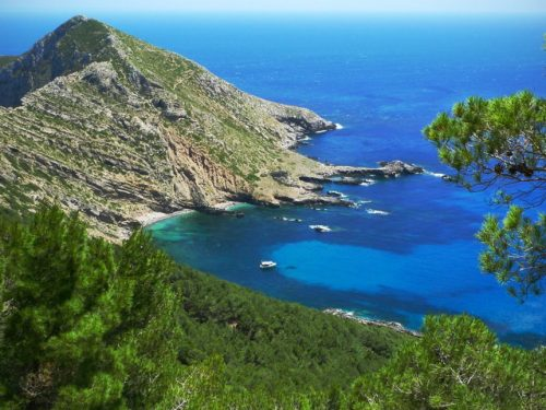 Per alcuni è la mitica isola di Itaca: Marettimo, la perla incontaminata del mediterraneo