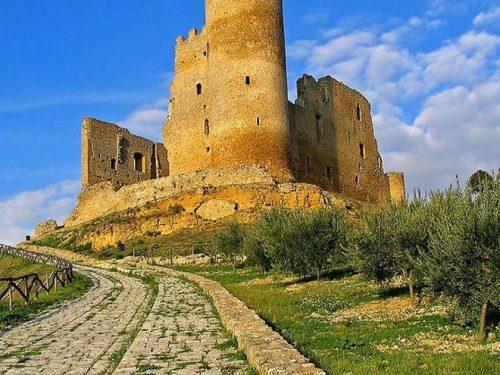 Caltanissetta: terra di castelli. Un itinerario magico e suggestivo nella Sicilia che non è solo mare