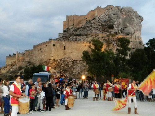 """""""L'Antica Fiera del Castello"""" a Mussomeli ci regala ogni estate attrazioni storico-culturali e turistiche"""