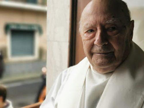 Don Francesco Panebianco festeggia 100 anni. E' il sacerdote più anziano della diocesi di Acireale