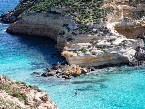 Per TripAdvisor la spiaggia dell'Isola dei Conigli a Lampedusa è la spiaggia più bella d'Europa