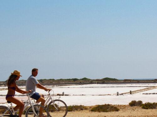 In bici tra le meraviglie della Riserva Naturale delle Isole dello Stagnone di Marsala