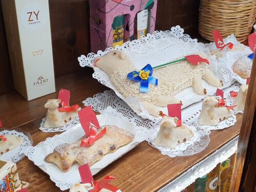 """I tesori """"nascosti"""" della pasticceria siciliana. L'antica arte dolciaria dei monasteri di clausura"""